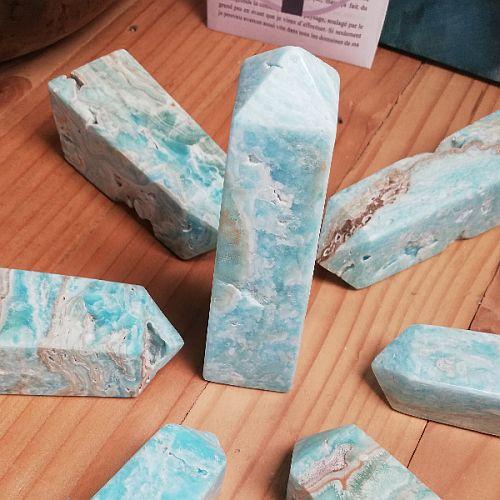 Tour en pierre d'aragonite